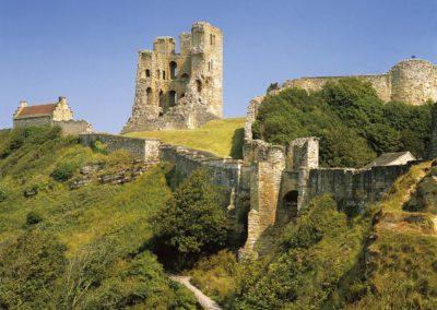 Scarborough-Castle-(c)-Engl